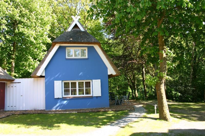 Kühlschrank Puppenhaus : Djeco puppenhaus kompaktküche takatomo